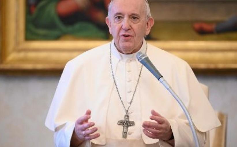 البابا يناشد طرفي الصراع في ليبيا والمجتمع الدولي وضع حد للحرب الأهلية