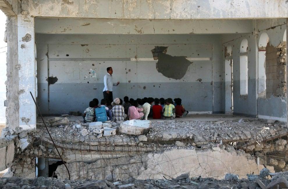 اطفال اليمنية في الصف الدراسي - 2019