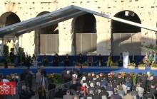 البابا يصلي من أجل السلام مع القادة الدينيين: